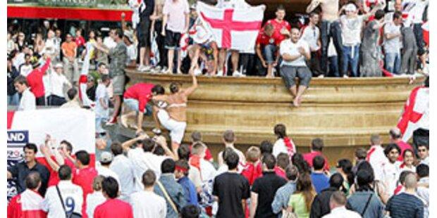 Englische Fans in Moskau niedergeprügelt