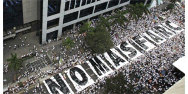 Kolumbianische Armee tötet FARC-Vize Raúl Reyes