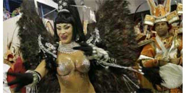 König Karneval regiert die Welt