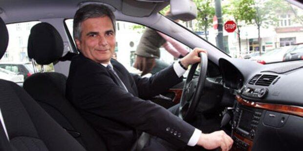 Kanzleramt spart fünf Dienstautos ein
