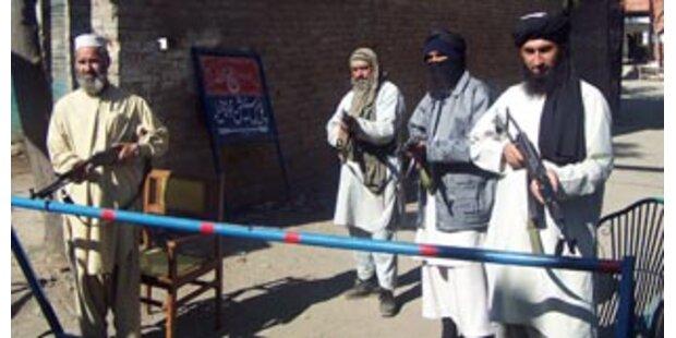 Islamische Rebellen nahmen pakistanische Stadt ein