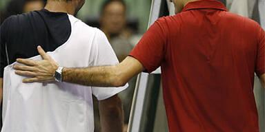 Sampras zwingt Federer in Tie-Break-Krimi