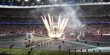 Show-Spektakel vor EM-Finale