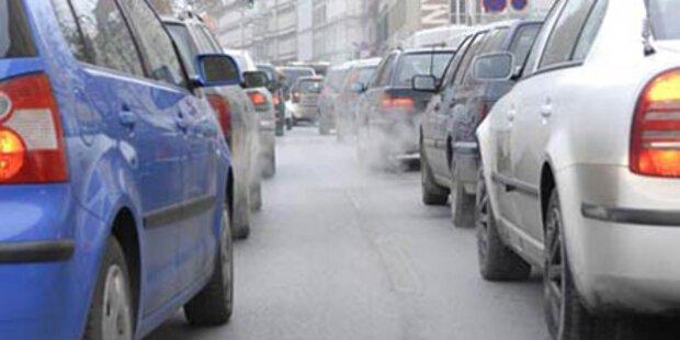 Wien: Stau nach Wasserrohrbruch