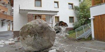 Schock in Sölden: 20-Tonnen-Fels donnerte in Haus