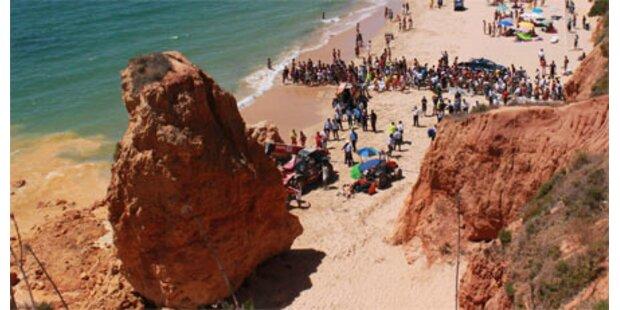 Felssturz am Urlauber-Strand: 5 Tote