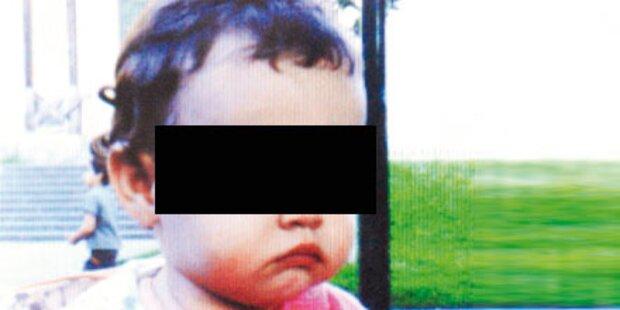 Kleinkind stürzt in Wien aus Fenster