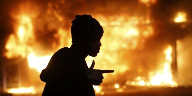 Unruhen greifen auf andere Städte über