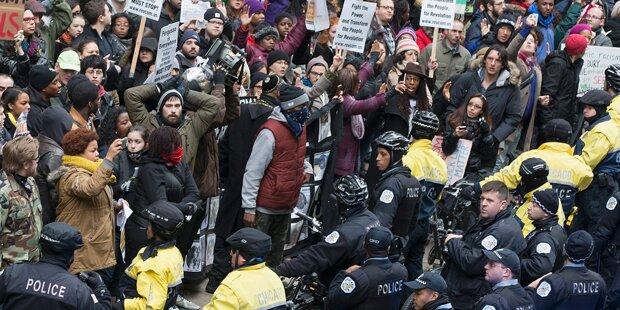 Mega-Demos gegen Polizeigewalt