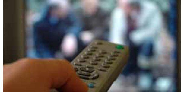 Zu viel TV ein Grund für frühen Sex bei Teenagern
