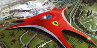 Das rote Zeltdach der Ferrari-World in Abu Dhabi ist 200.000 Quadratmeter groß. Bild: www.ferrariworld.com