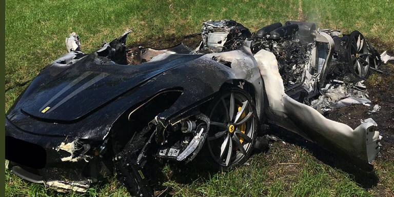 510-PS-Ferrari eine Stunde nach Kauf geschrottet