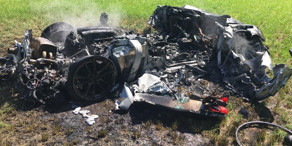 ferrari-f430-crash-960-p1.jpg