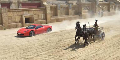Römischer Streitwagen schlug Ferrari