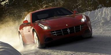 Neue Fotos und Infos vom Ferrari FF
