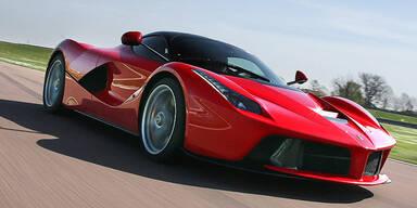 Video: So fährt der beste Ferrari aller Zeiten