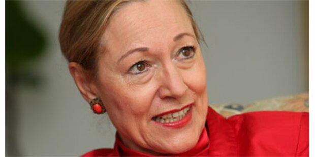 SPÖ beharrt auf Ferrero-Waldner