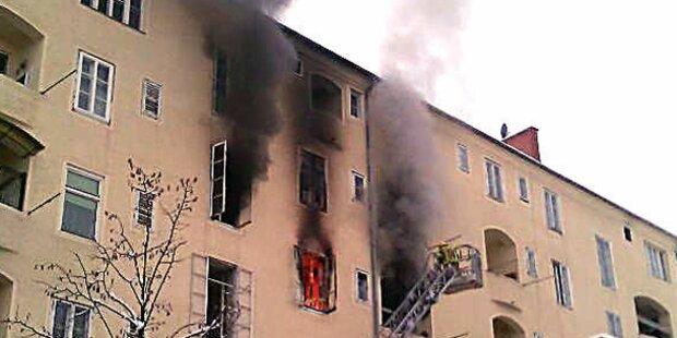 Bub nach Brand gerettet
