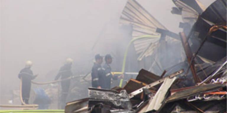 55 Menschen starben in brennender Fabrik