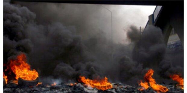 Brand in Chemiefabrik fordert 30 Menschenleben