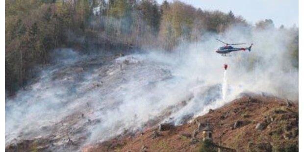 Feuerwehrmann lebensgefährlich verletzt