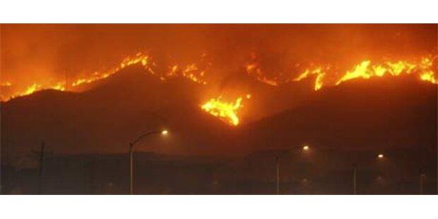 Buschfeuer in Kalifornien weiter eingedämmt