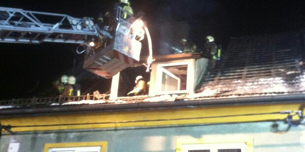 Wieder Großbrand in Asylheim