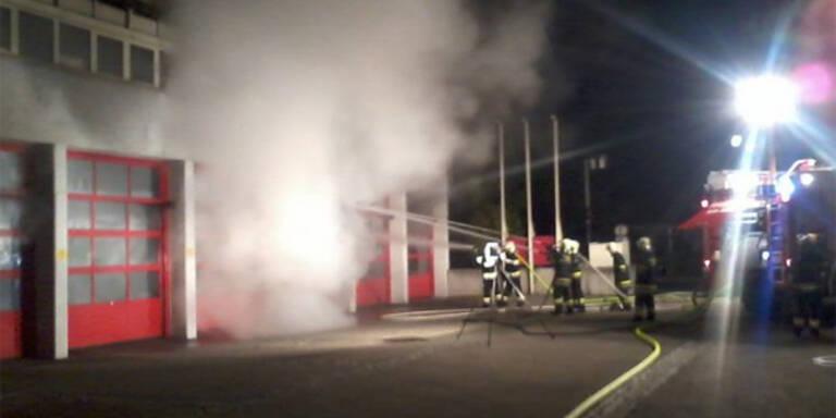 Brand in Feuerwehrhaus in Traun