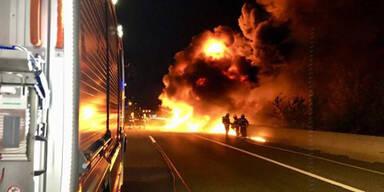 Verkehrschaos: Flammeninferno auf S1