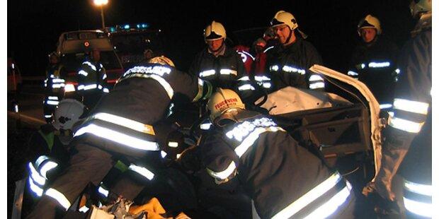Sechs Tote bei Verkehrsunfällen