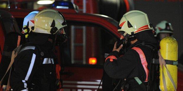 Drei Personen bei Küchenbrand verletzt