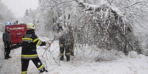 Geländewagen rund 200 Meter abgestürzt