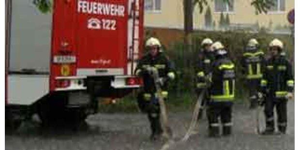 Regenfälle überfluteten Straßen und Keller in OÖ