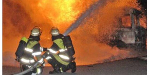 Österreicher vertrauen der Feuerwehr am meisten