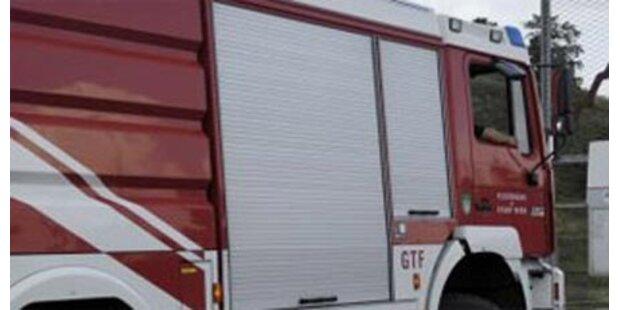 Pkw brannte auf der Südautobahn aus