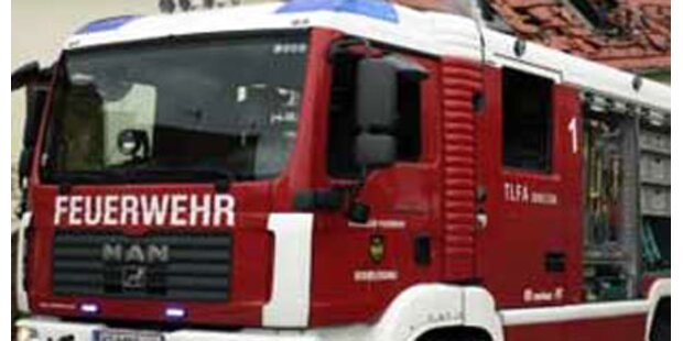 Lagerhalle in Graz in Brand