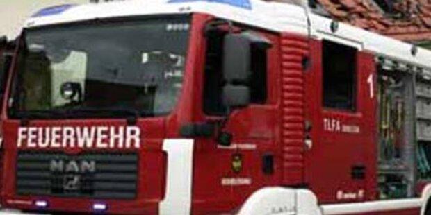 Großbrand in Fenster-Firma in NÖ