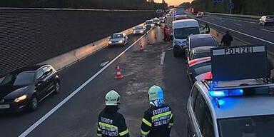 Massen-Crash auf der Autobahn A9