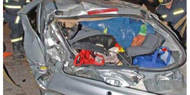 Unfall auf A1 fordert vier Verletzte