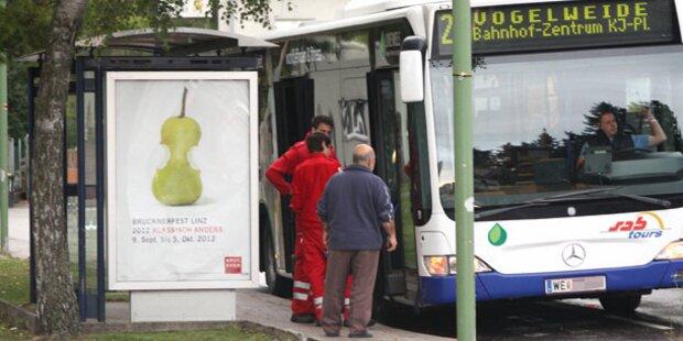 Fahrgast verprügelt Busfahrer