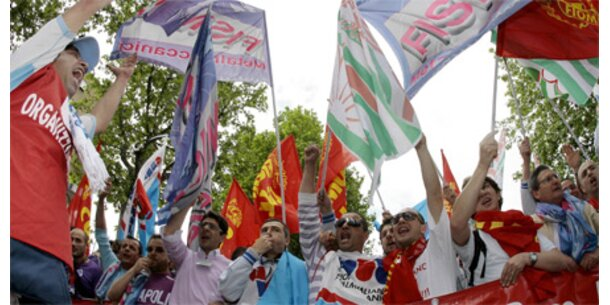 Großdemonstration von Fiat-Mitarbeitern