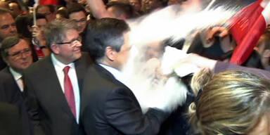 Irre Mehl-Attacke auf Francois Fillon