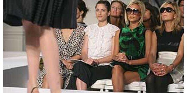 Mode zieht Prominente an...