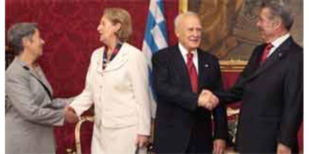 Fischer empfing griechischen Präsidenten Papoulias