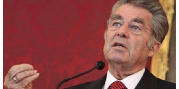 Fischer lehnt Neuwahlen strikt ab