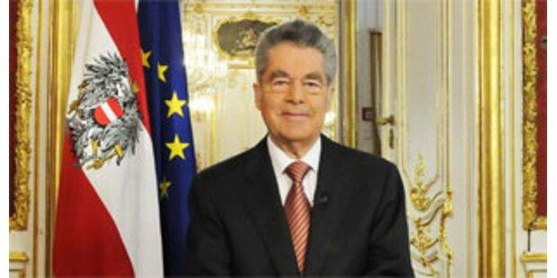 Fischer will Jobpaket und Mindestsicherung