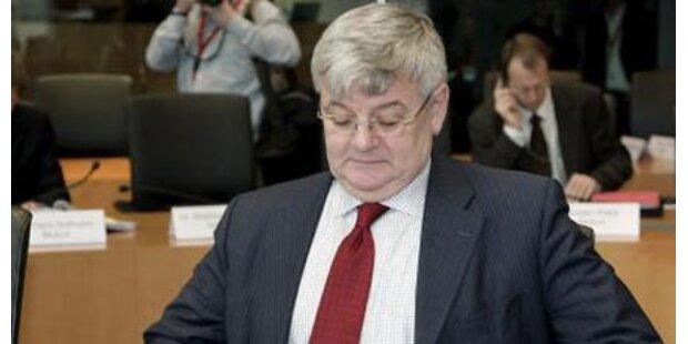 Joschka Fischer im Dienste von Siemens