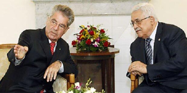 Fischer sprach in Rom mit Abbas