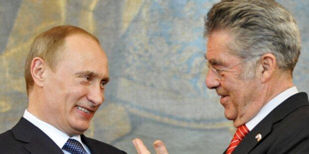 Fischer trifft Regierungschef Putin