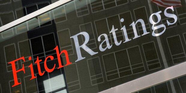 Fitch senkt Rating-Ausblick für USA auf